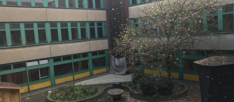 Atrium Im April
